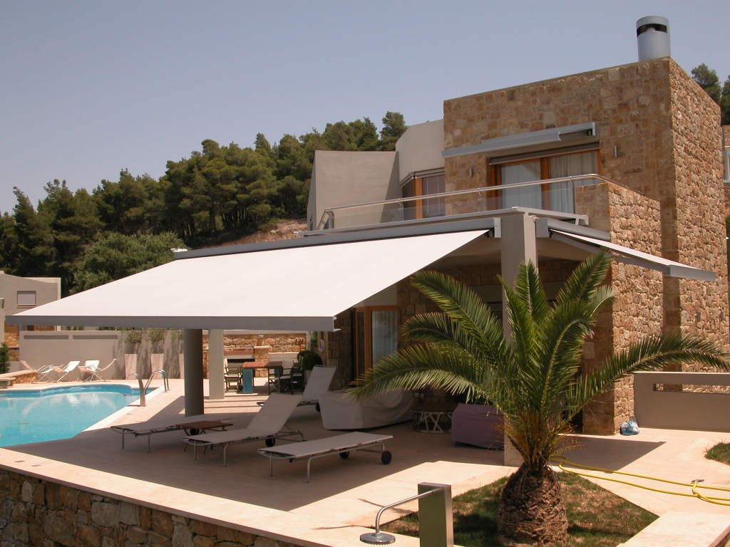 Commercial, Home Retractable Awnings - Ross Howard Dallas
